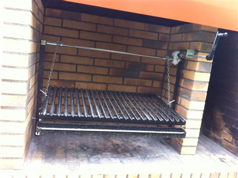 grille de barbecue 18 grille pour construire un barbecue 85x60 manivelle frontale barbecues argentins