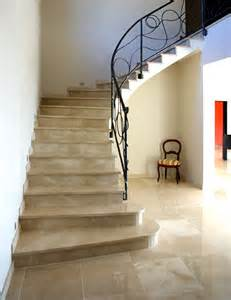 Escalier Marbre Thala by Carrelage Marbre Excellence Works