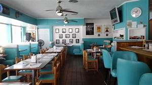 Your average diner Review of Dee's 50's Place, Barberton