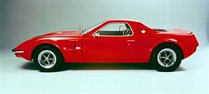 The Ford Mustang Mach 2 Was The Mid-Engined Pony Car No One Asked For
