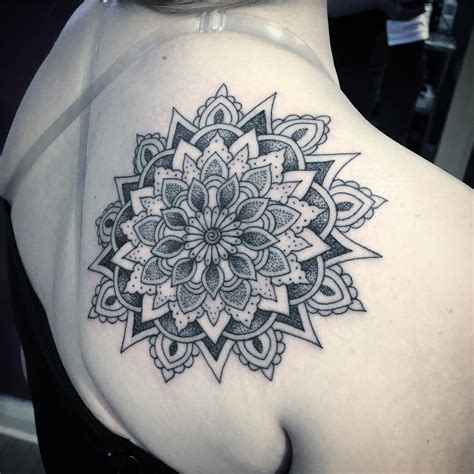 amazing mandala shoulder tattoos