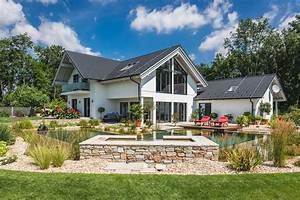 Haus Garten : das perfekte haus mit garten kreiseder holzbau ~ Frokenaadalensverden.com Haus und Dekorationen