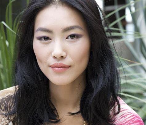 löwen rücken la joven china liu wen nuevo rostro de la firma cosm 233 tica
