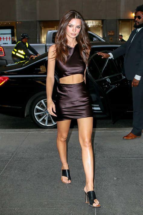 Emily Ratajkowski looks stunning in a satin mini dress ...