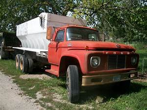 1966 Ford F750