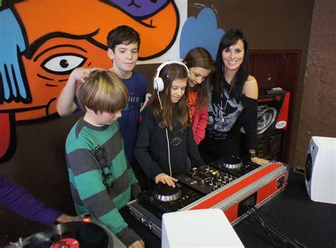 Djworkshop Met Zohra Party Fun