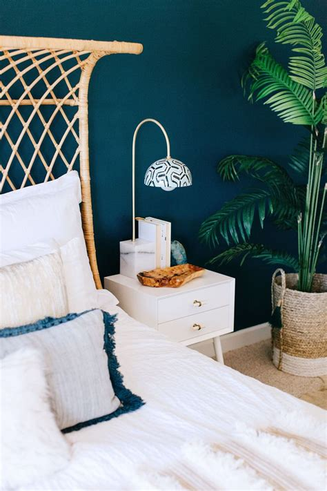 Tropical Bedroom Decor by 25 Best Ideas About Tropical Bedroom Decor On