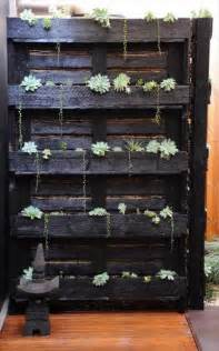 Diy Wooden Pallet Projects 25 Fun Project Ideas Removeandreplace Com