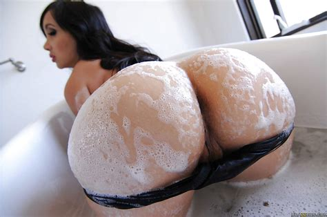 Stunning Asian Babe With Big Tits Getting Her Ample Ass Wet
