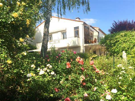 chambre d h es auvergne chambres d 39 hôtes à la villa auvergne la villa