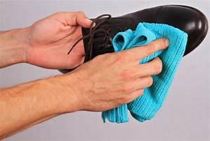 Comment Nettoyer Des Chaussures En Nubuck : chaussure cuir entretien nettoyer ~ Melissatoandfro.com Idées de Décoration