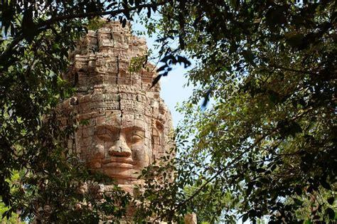 Temple De Bayon, Check Out Temple De Bayon