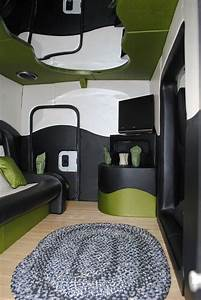 129 best images about cool 18 wheelers on pinterest best With do 18 wheelers have bathrooms