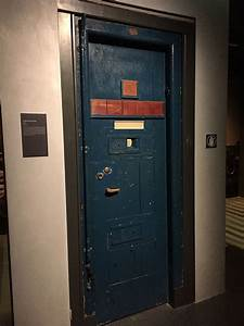 File Changi Prison Cell Door  Exterior   Singapore History Gallery  National Museum Of Singapore