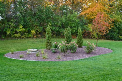 Mequon Lawn And Garden - mequon lawn maintenance landscape management