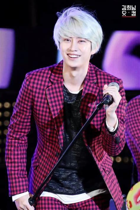 ranking top  male  pop idols chosen  japanese fans