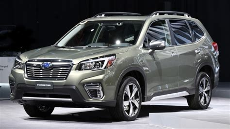 subaru forester unveiled  space
