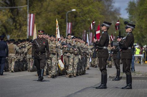 4.maijā - Brīvības svētkos - Bruņoto spēku diena noritēs ...
