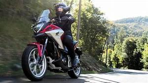 Moto Honda Automatique : pr sentation nc750x adventure gamme motos honda ~ Medecine-chirurgie-esthetiques.com Avis de Voitures