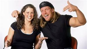 Triple H Pose With His Wife - WWE Superstars, WWE ...