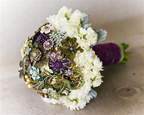 Jewelry Inspired Bridal Bouquets Brooch Bouquet