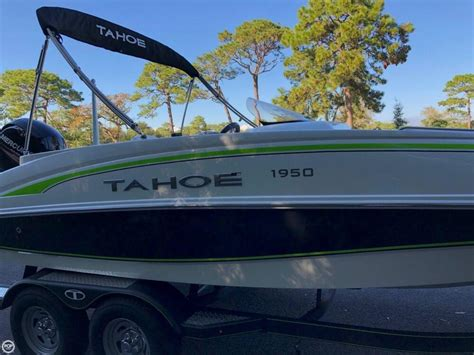 Used Tahoe Boats Illinois by 2017 Used Tahoe 1950 Deck Boat For Sale 33 500