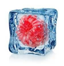 Eiswürfel Ohne Form : rezept leckere deko eisw rfel mit gefrorenem obst ~ Fotosdekora.club Haus und Dekorationen