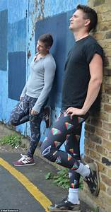Leggings For Men Would You Let Your Man Wear Meggings? - The Trent