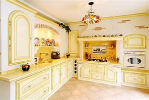 20 cuisines provencales pour sinspirer diaporama photo With attractive idee deco bureau maison 10 repeindre un meuble en bois idees et conseils