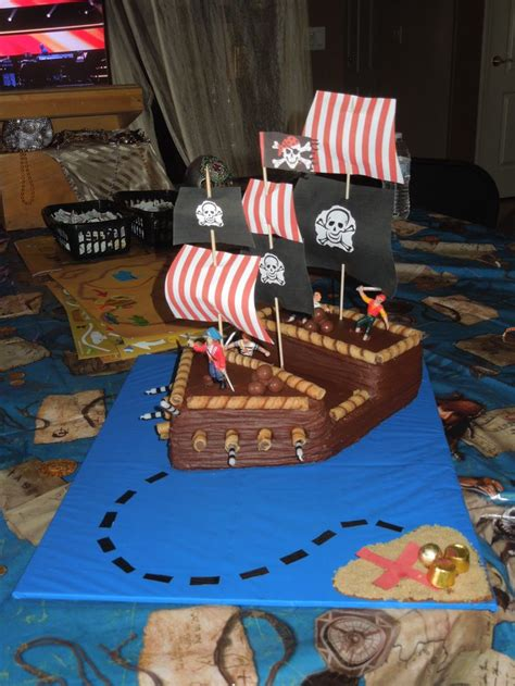 cool pirates themed cake ideas pirates cake designs