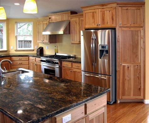 Rustic Hickory Cabinets Home : Sophisticated and Urbane
