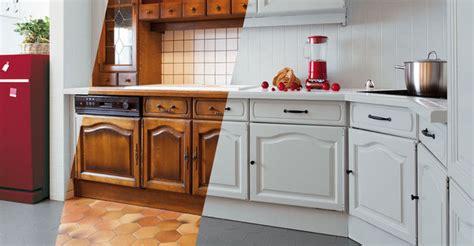 refaire sa cuisine rustique modele de cuisine en bois repeindre mzaol com