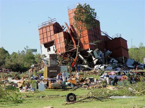 tornado outbreak     wikipedia