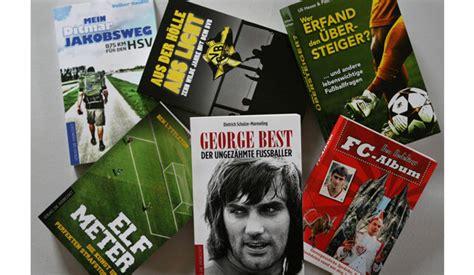 Urlaub  Endlich Genügend Zeit Für Ein Gutes Sportbuch