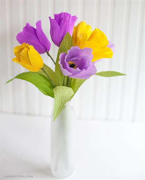 diy crepe paper tulips