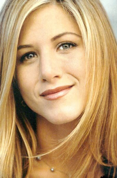 wallpapers designs jennifer aniston latest pictures