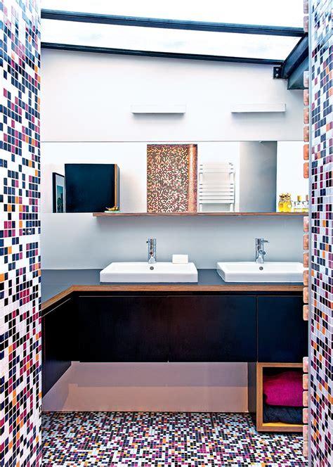 si鑒e de salle de bain salle de bain multicolore une déco de salle de bain originale