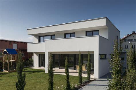 Moderne Häuser Terrassen by Einfamilienhaus Flachdach 220 Berdachte Terrasse