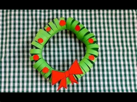 easy construction paper christmas wreath