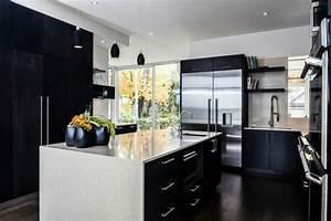 Kühlschrank Schwarz Hochglanz : schwarz wei einrichtungsstil 18 schicke ideen f r ihr interieur ~ Indierocktalk.com Haus und Dekorationen