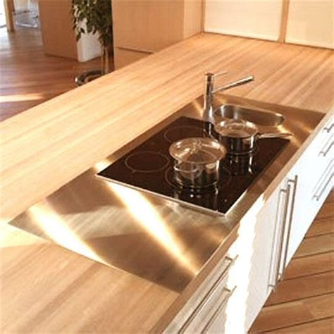 cuisine plan travail bois cuisine plan de travail en lot de cuisine moderne clair