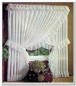 Jcpenney Curtains Drapes by 12 Best Images About Priscilla Criss Cross Curtains