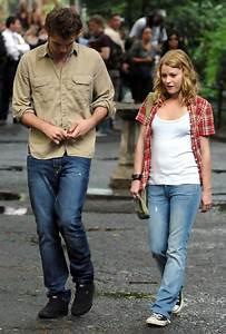 Emilie De Ravin Photos Photos - Robert Pattinson And ...
