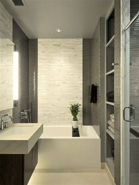 badezimmer fliesen ideen grun kleines bad einrichten nehmen sie die herausforderung an