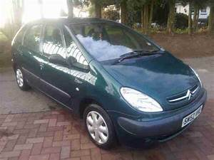Citroen 2007 C3 Pluriel Kiwi Green Leather Alloys A C