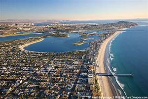 Crystal Pier at Pacific Beach and Mission Bay @ San Diego ...