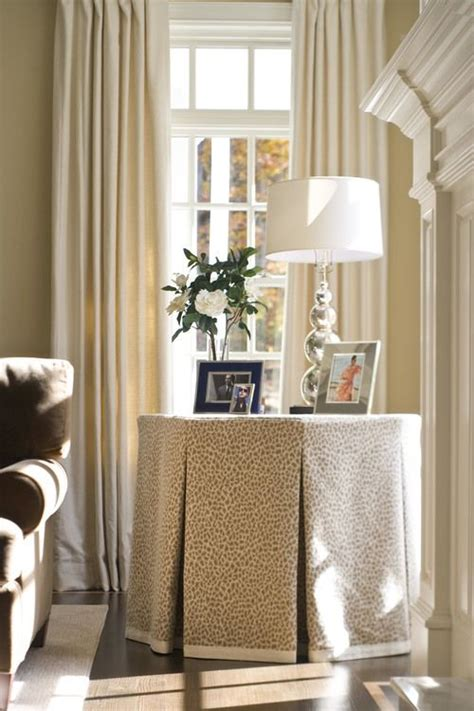 Bedroom Table Skirts by 10 Images About Table Skirts On Center Table