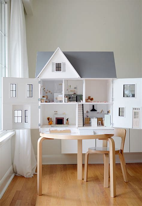 dreaming modern dollhouses  big girls