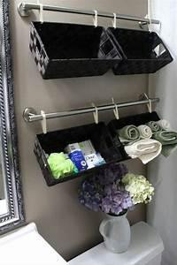 Körbe Fürs Bad : gardinenstange und stoffschlaufen dyi badezimmer badezimmer k rbe und badezimmer schwarz ~ Eleganceandgraceweddings.com Haus und Dekorationen