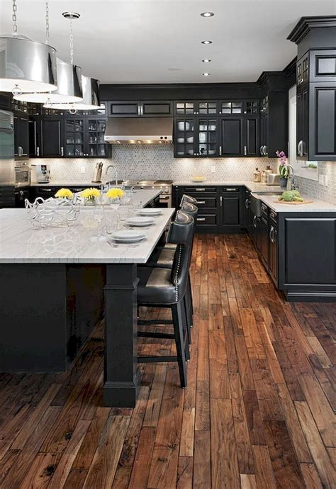Kitchen Floor Ideas With Black Cabinets by Best 25 Farmhouse Kitchen Cabinets Ideas On